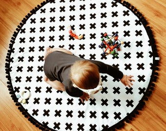 Round baby play mat, monochrome, swiss cross modern nursery, crawling mat. Nursery rug. Black and white decoration.