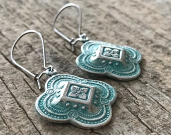 CLEARANCE, Moroccan Quatrefoil Earrings, Silver Patina Earrings, Bridesmaid Earrings, Bohemian Earrings, Bohemian Jewelry, 26mm Charm