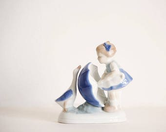Figurines vintage, porcelain figurines, Girl with umbrella and goose, Figurine, Denmark Porcelain