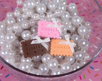 Sweet Cookies Ring with Bow in Strawberry Chocolate and Vanilla - So Kawaii !! J-fashion Decora Sweet Lolita Fairy Kei