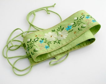 Embroidered Flower Fabric Trim. Beaded. Green.