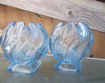 Art Deco 1930's pair of very pretty Bagley Equinox Vases in Blue