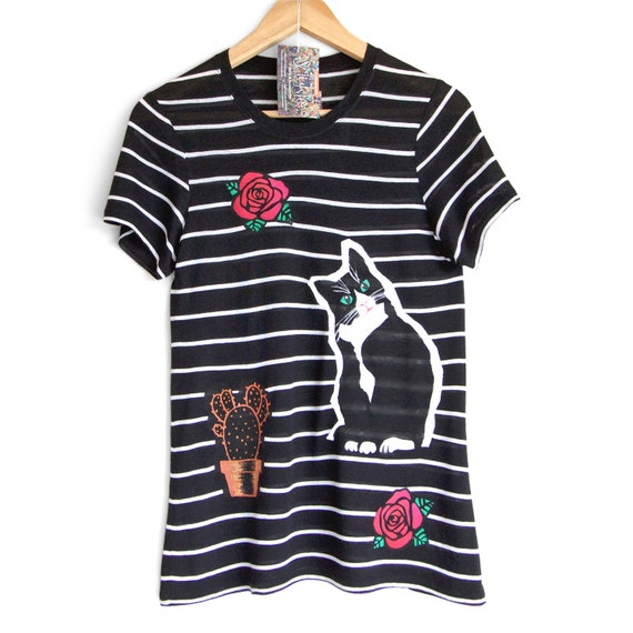 S L CATS and ROSES t shirt. Black t-shirt with white stripes. Cat t shirt. Cat lovers t shirt. Graphic t shirt.