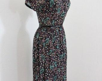 1950s Novelty Print Rayon Shirt Dress