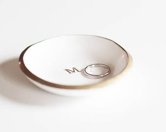 Bridesmaids Gift / Personalized Ring Dish / Monogrammed Jewelry Dish / Ring Holder / Bridal Shower Gift / Gift for Her / Gold and White