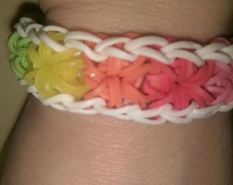 Rainbow Loom Wrap Around Starburst Bracelet