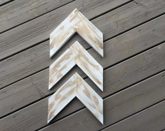 Wooden Arrows (set of 3) // wood chevrons // wall decor // gallery wall// rustic arrows // arrows