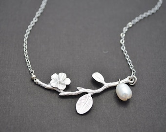 Silver flower branch necklace,Silver necklace,Flower necklace,Pearl necklace,Wedding jewelry,Bridal necklace,Christmas gift,tmj00299