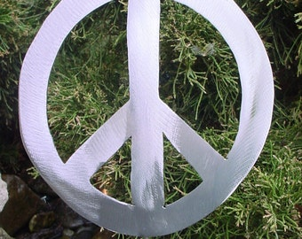 Peace Symbol The 60's 70's Metal Yard Art Steel Plant Decor Garden Stake Plant Spike Outdoor Patio Lawn Ornament