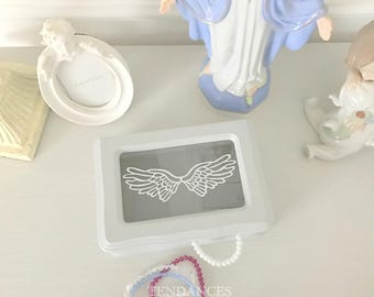 Wooden box grey with a print and a glass white wings