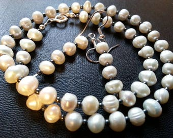 Set Freshwater Pearl and hematite, ethnic and refined set