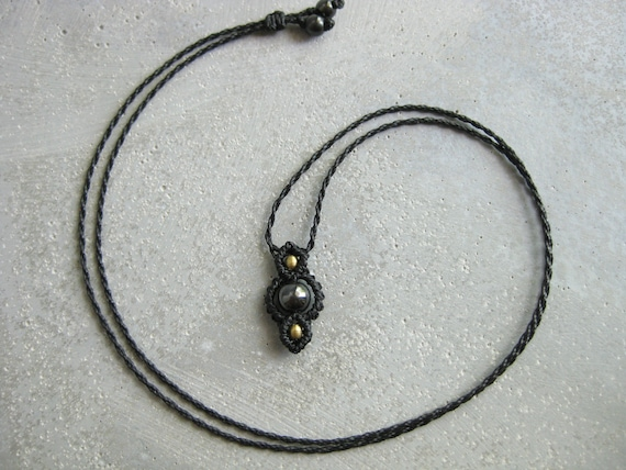 Dainty Hematite Choker/Pendant Fully Adjustable . © Design by .. raïz ..