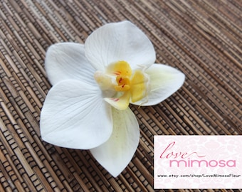 Ivory Orchid Hair clip, Wedding Accessories, white phalaenopsis orchid Headpiece
