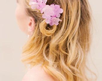 Braut Haarschmuck Seidenblumen Geraniumblüten Ingrid lila Hochzeit Einsteckkamm radiant orchid