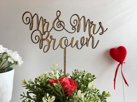 Wedding Cake Toppers Mr & Mrs Rustic wedding decoration Personalized Calligraphy Wooden cake topper Last name cupcake Bride Groom Music Note