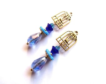 "Pair of handmade bird in golden cage pendants / Pearl mount ""teardrop"" shades of blue, H = 45 mm"