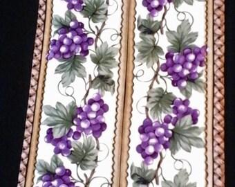 Grape Table Runner