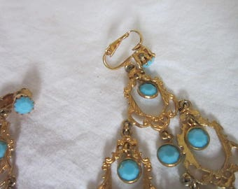 Vintage Gold Tone Christmas Tree Dangle Earrings with Faceted Blue Glass Ornaments