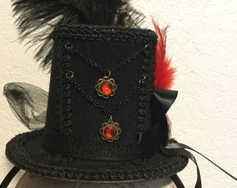 Mini Top Hat Fascinator