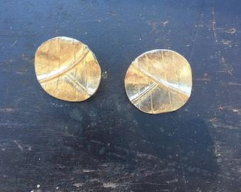 1980s gold leaf earrings