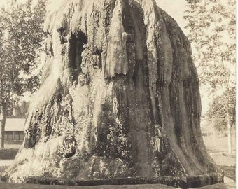 Vintage Before 1907 Real Photo Postcard RPPC of TeePee Fountain, Thermopolis, Wyoming - Sanborn Y-948