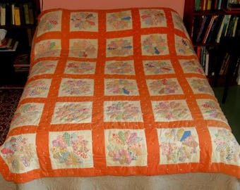 """VINTAGE DRESDEN PLATE pieced quilt,80""""x67"""" applique,tufted,soft apricot,beige,blue,pink,yellow,aqua,double,twin,full,flowers,cotton"""