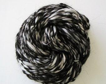 Hand Spun Yarn 'Reminisce', 65 g/2.2 oz, Worsted Weight, Soft Spun Yarn, Single Yarn, Unplyed, Hand Spun, Wool, Yarn