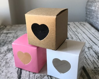 50x White Kraft Pink Love Heart Window Bomboniere Favor Boxes • Birthday Party Wedding Gift Boxes Wedding Favors • Macaroon Chocolate Cookie