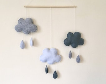 Cloud baby mobile, Cloud nursery mobile, Cloud nursery decor, Monochrome mobile, rain mobile, rain baby mobile, grey mobile, baby shower