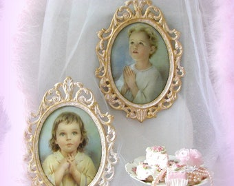 Antique Italian Oval Frames painted in Ice Pink and Gold, Young Girl and Boy Praying Framed Photos, Praying Children, Pastel Children Photos