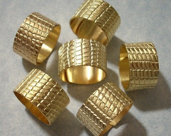 12 Brass Alligator Pattern Wide Brass Rings