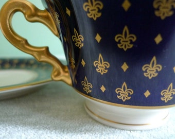 Antique Royal Blue and Gold Fleur-De-Lis Tea Cup and Saucer, Old Ivory Syracuse Bone China, 1936