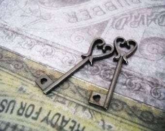 Bulk Skeleton Keys Heart Keys Black Skeleton Keys Keepsake Keys Wholesale Keys Key Charms 50pcs 25mm Black Keys Steampunk