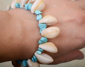 Natural Cowrie Bracelet //  Turquoise Bracelet // Boho Chic Bracelet // Beach Bracelet