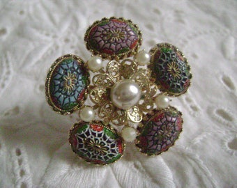 Vintage Brooch Mid Century Faux Pearl & Mosaic Style