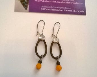 Genuine leather and glass beads earrings