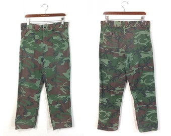 70's camouflage hunting pants with talon zipper size w32