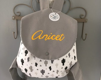 Backpack for kindergarten customizable with name nursery nanny