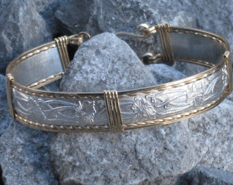 Silver and Gold Pattern Wire Bracelet