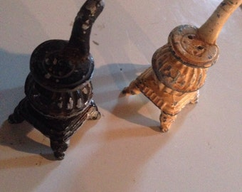 Cast iron pot belly stove salt and pepper shakers