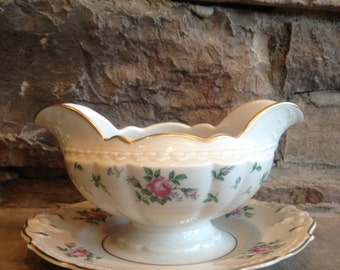 Sweet Briar Gravy Boat Princess Empcraft Double Spout Pink Roses China Vintage White & Pink