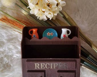Vintage recipe box | recipe cards | recipe card box | recipe organiser | Retro kitchen | Orange  brown | Kitschy | Bohemian | Mid century |