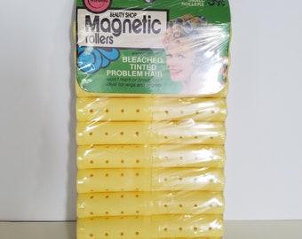 Vintage Wil-hold magnetic rollers.  Set of 20. In original packaging.