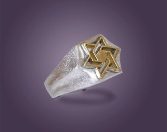 Women signet ring, Chunky ring, Signet ring for her, gold Star ring for women,Judaica gifts.