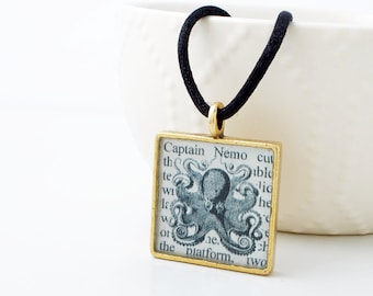Jules Verne Nautical Necklace - Jules Verne Steampunk Necklace - 20,000 Leagues Under The Sea - Literary Necklace - Steampunk Jewelry