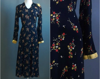 1930s dress, great depression era, 1930s day dress, 30s dress, novelty print dress, orange and lemon print dress, rayon print dress, medium
