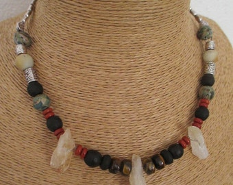 Gorgeous bohemian necklace and trendy stones and crystals.