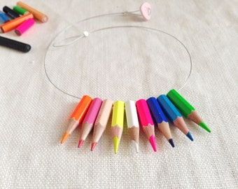Collier Lapicitos fluo