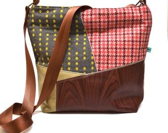 Vegan Shoulder Bag with Vintage Fabrics and Woodgrain Pattern