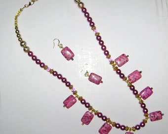 Pink Perfection Necklace Set